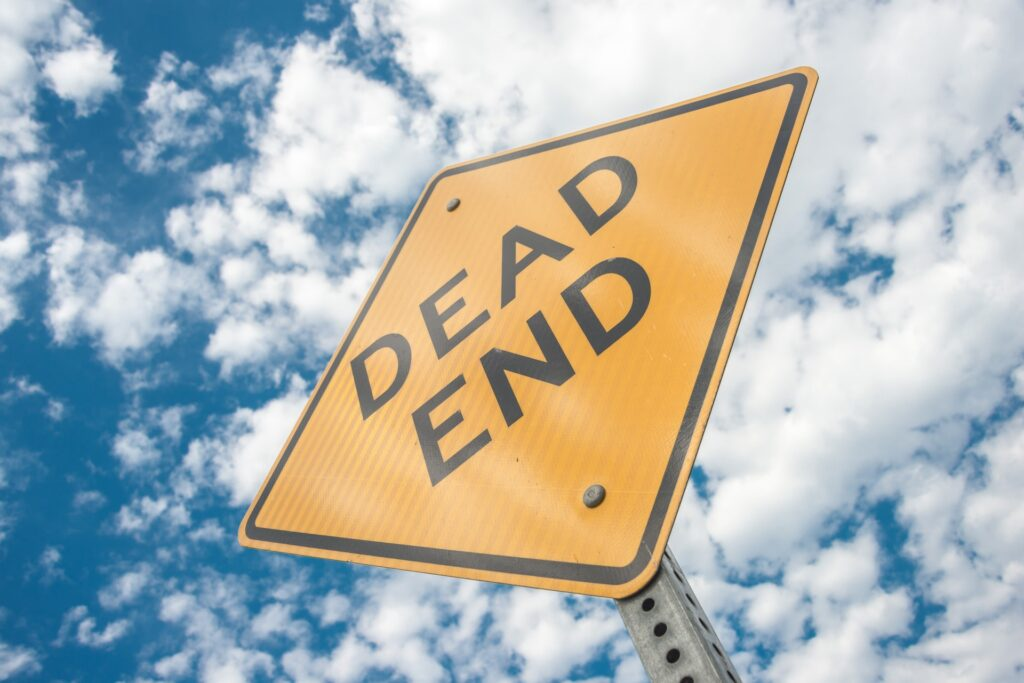 Image of a dead end sign